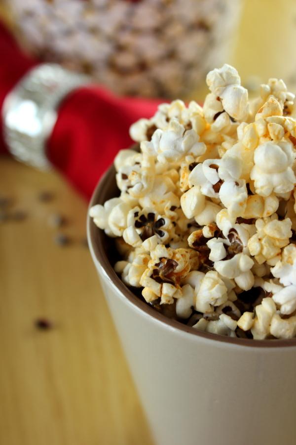 Spicy Herb Popcorn