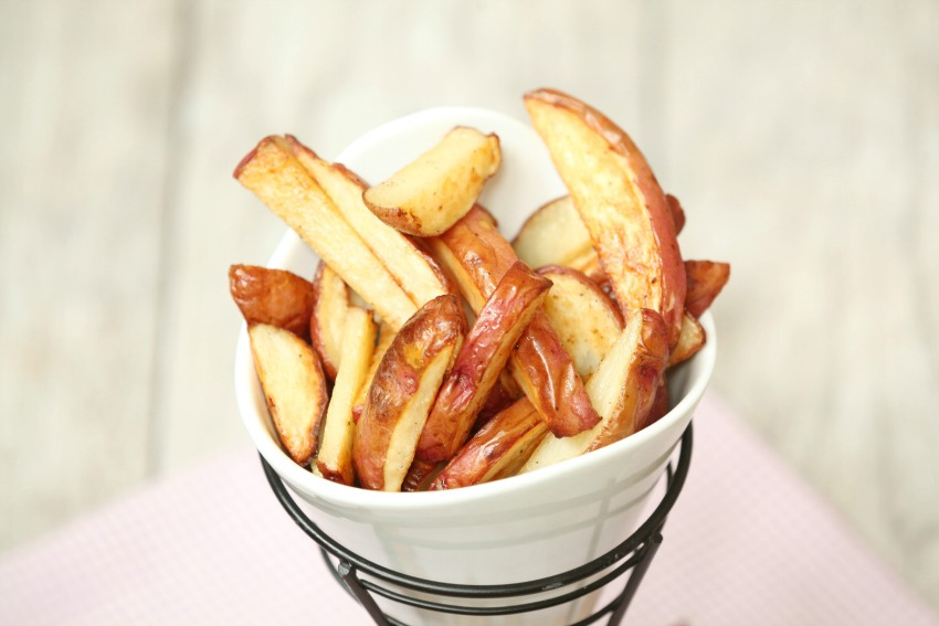 salt-vinegar-baked-french-fries-4925